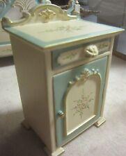 Dolls House Quarlity Furniture  Bedside Cabinet JiaYi  094-05