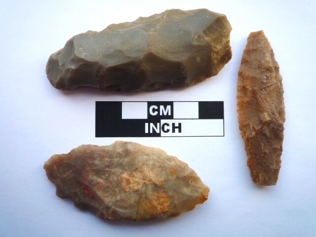 3 x Neolithic Spearheads, Saharan Flint Artifacts - 4000BC  (0924)