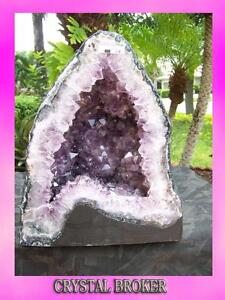 Amethyst-Geode-Cathedral-Super-Quality-w-Rainbows-in-the-Pretty-Face