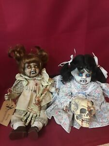Sinisterly-Sissy-039-s-039-Double-Trouble-039-Undead-Spooky-Creepy-Haunted-2-doll-set-15-034
