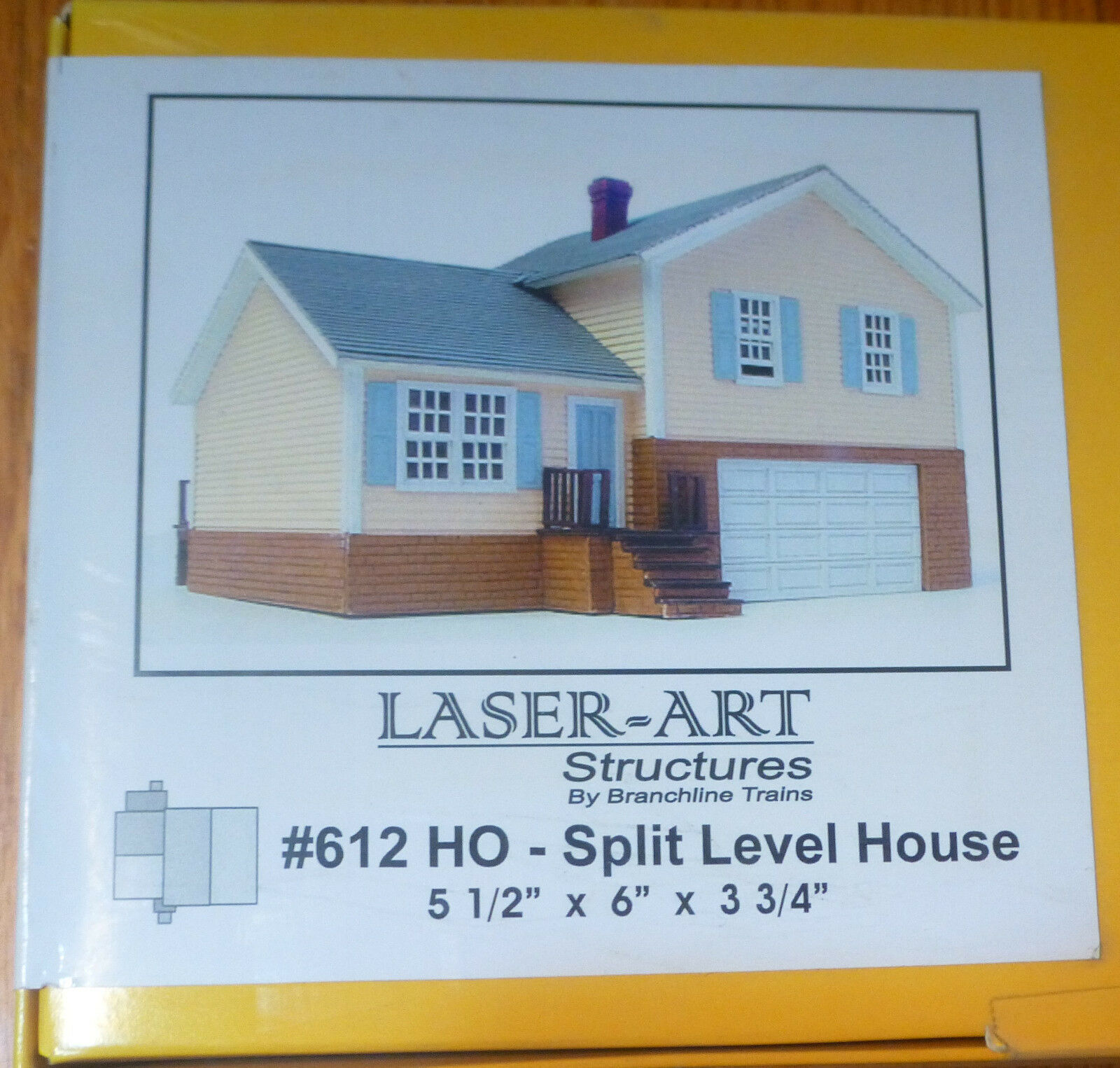 Branchline Laser-Art Structures HO  612 Split Level Home (Kit form)