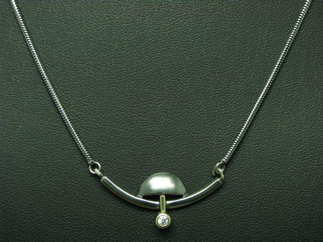 925 Sterling silver Collier mit Zirkonia Besatz   18kt gold Fassung   6,8g
