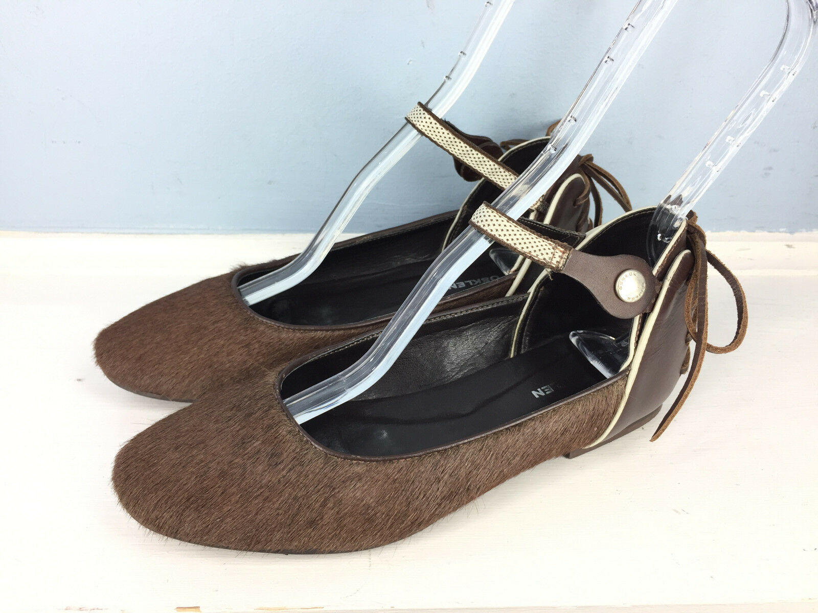 OSKLEN Anthropologie Braun Calf Hair Leder Ankle Strap ballet Flats 7 WOW