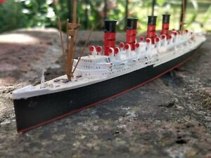 RMS MAURETANIA 1:1250 METAL WATERLINE LINER MODEL M 405 By MERCATOR