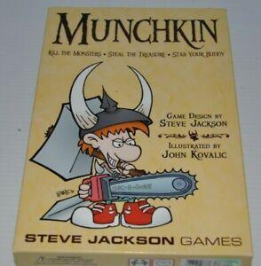MUNCHKIN-Steve-Jackson-Games-CARD-GAME-complete