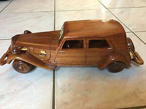 MAQUETTE-AUTO-CITROEN-TRACTION-en-Bois-34-CM-neuf-1938