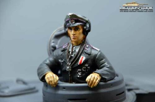 Deutscher Tiger Panzerkommandant Panzer Fahrer Resin bemalt handbemalt 1:16