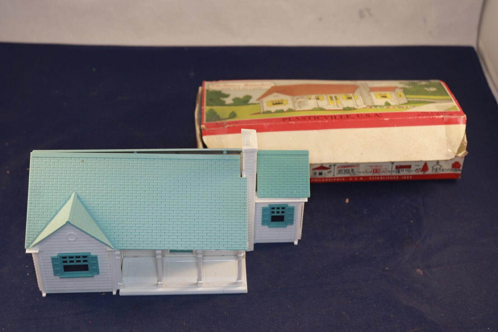Plasticville 1 1 2- Story Rancher 1701 129 White & Turquoise w  Original Box