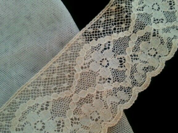 Antique Lace Salvage Remnant Trim for Dolls Projects Crafters Collage Art