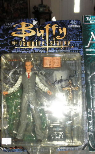 BUFFY THE VAMPIRE SLAYER GILES AUTOGRAPH FIGURE ANTHONY