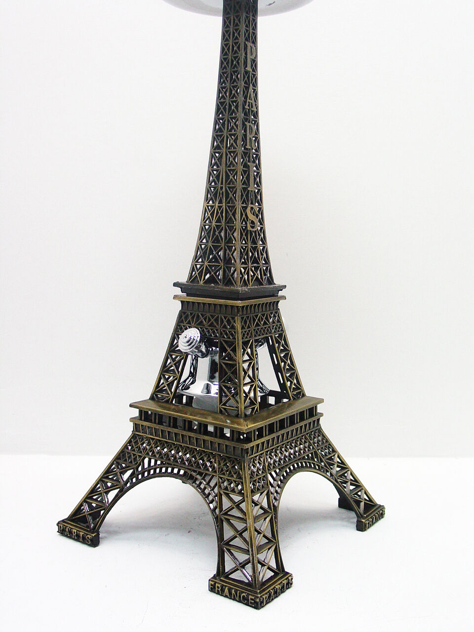 Eiffel Tower Hookah Antique Model Limited Edition