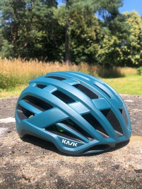 Kask valegro helmet MUTED Color PINEAPPLE verde MATT