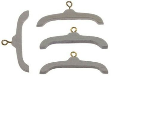 Dollhouse Miniatures 1:12 Scale Wooden Clothes Hanger 4//Pk White #IM65484