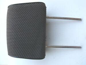 Kopfstutze-vorne-BMW-E30-Stoff-dunkelgrun-Stoffsitz-links-rechts-grau-Sitz-grun