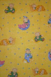 Kinder-Baby-Kinderzimmer-Teddy-Mond-Print-gelb-Vorhang-Kissen-Bettwaesche-Stoff
