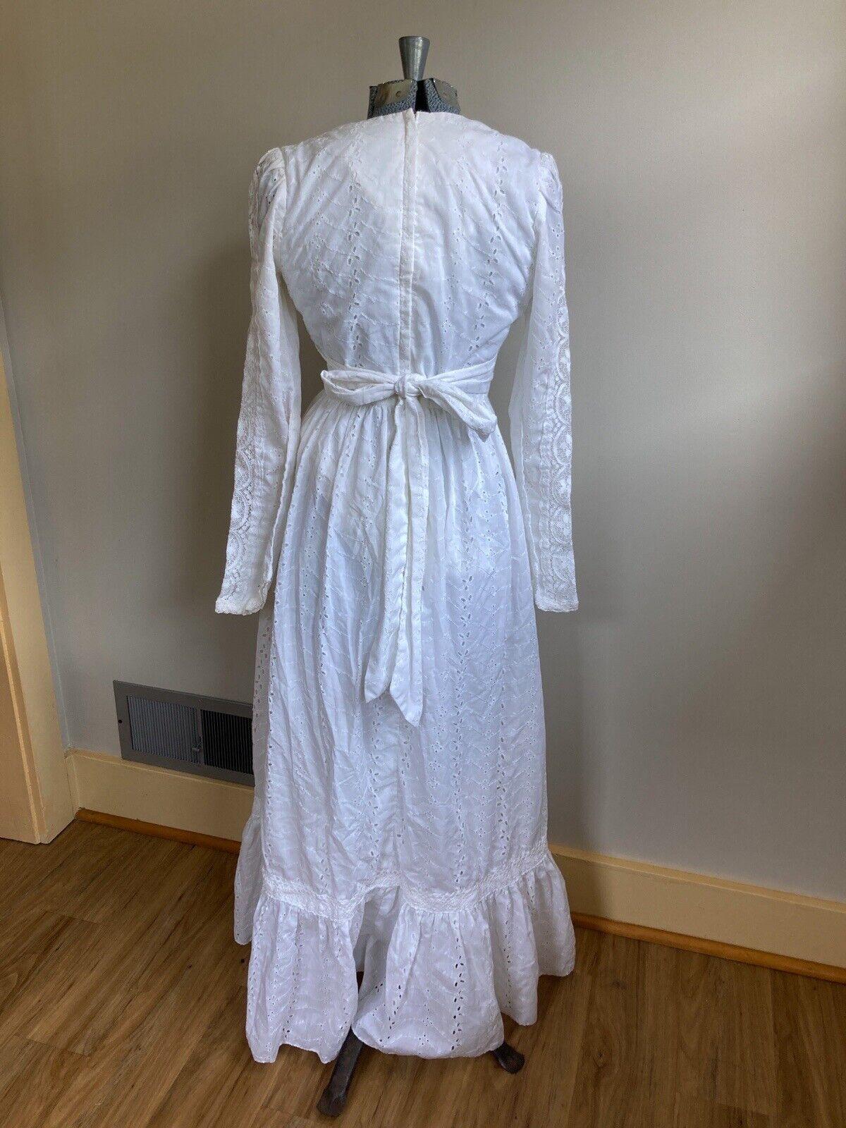 Vintage 70s White Lace Gunne Sax Prairie Cottagec… - image 4