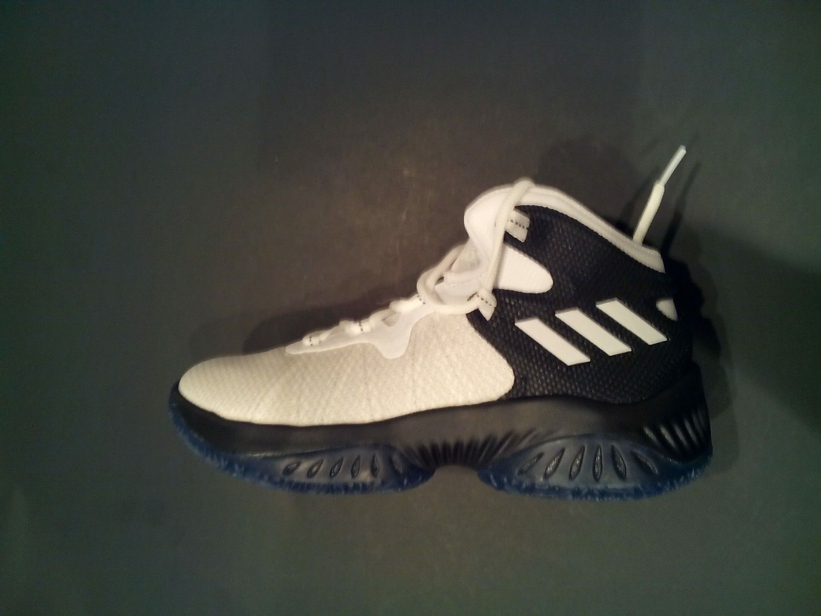 Adidas performance bw1156 kinder explosive bounce j j j basketball - schuh sz-4.5 3b9cd5