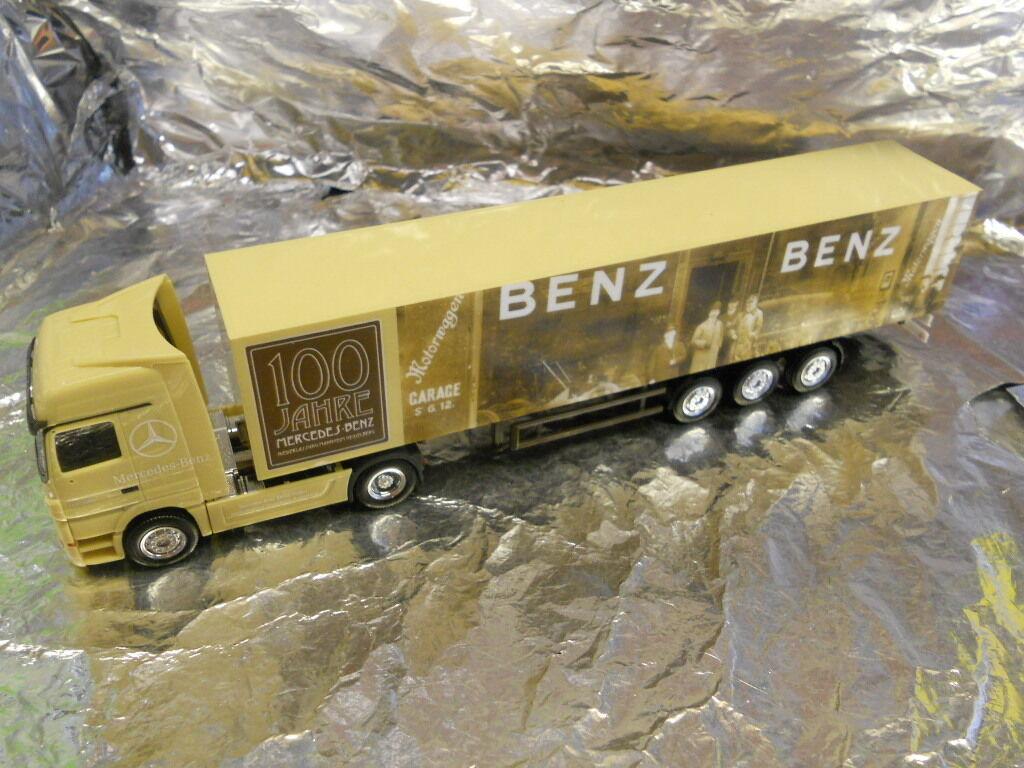 Herpa 280600 Mercedes Benz Actros LH Box Semitrailer May Market Mannheim 2006