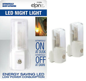 2x//1x AUTOMATIC ON//OFF LED PLUG IN NIGHT LIGHT LOW ENERGY SAFETY LIGHTS NEW