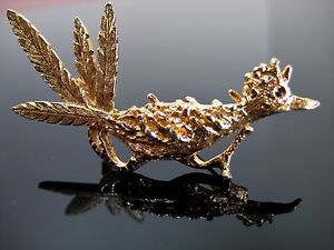 278b6c838c92 Image is loading Vintage-Figural-Road-Runner-Brooch-Pin-Gold-Tone-