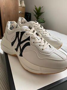 NY Yankees white size 6.5 UK
