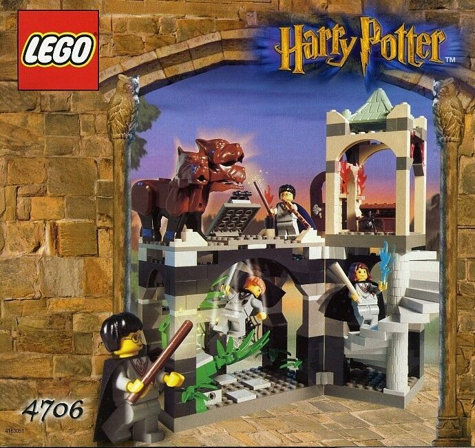 conveniente LEGO Harry Harry Harry Potter  4706 Forbidden Corridor nuovo Sealed  shopping online di moda