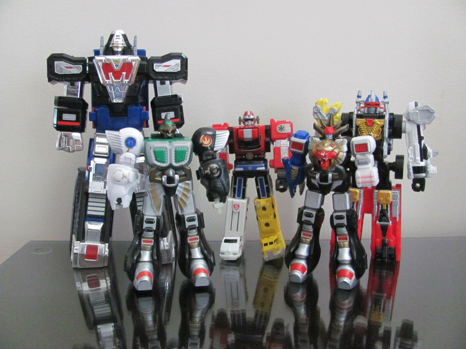 Lot of 5 loose Power rangers action figures mini megazord Delta Kongazord ..