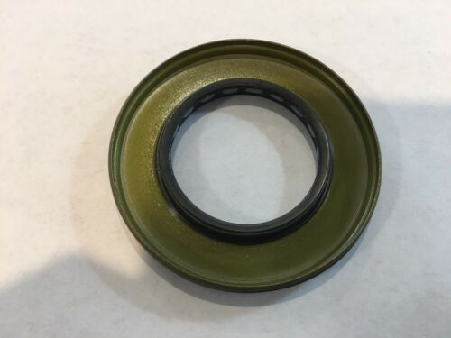 Set Of 2 New Seals Triple Lip 3235052 Sportsman Ranger Razor Rzr General
