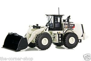 Chargeur sur Roues Blanc Tr10005-02 de Chargeur sur Pneus Caterpillar 972k Cat 1/3 Répliques Tonkin
