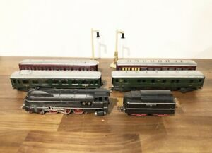 Marklin SK 800 HO Scale 4-6-4 Steam Locomotive Tender Passenger Mitropa Cars Set
