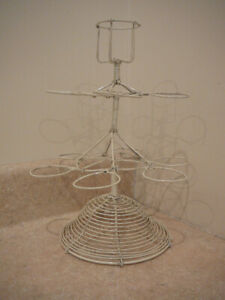 S25-VINTAGE-WHITE-WIRE-EGG-HOLDER-BASKET-3-TIER-EASTER-HOLDS-11-EGGS