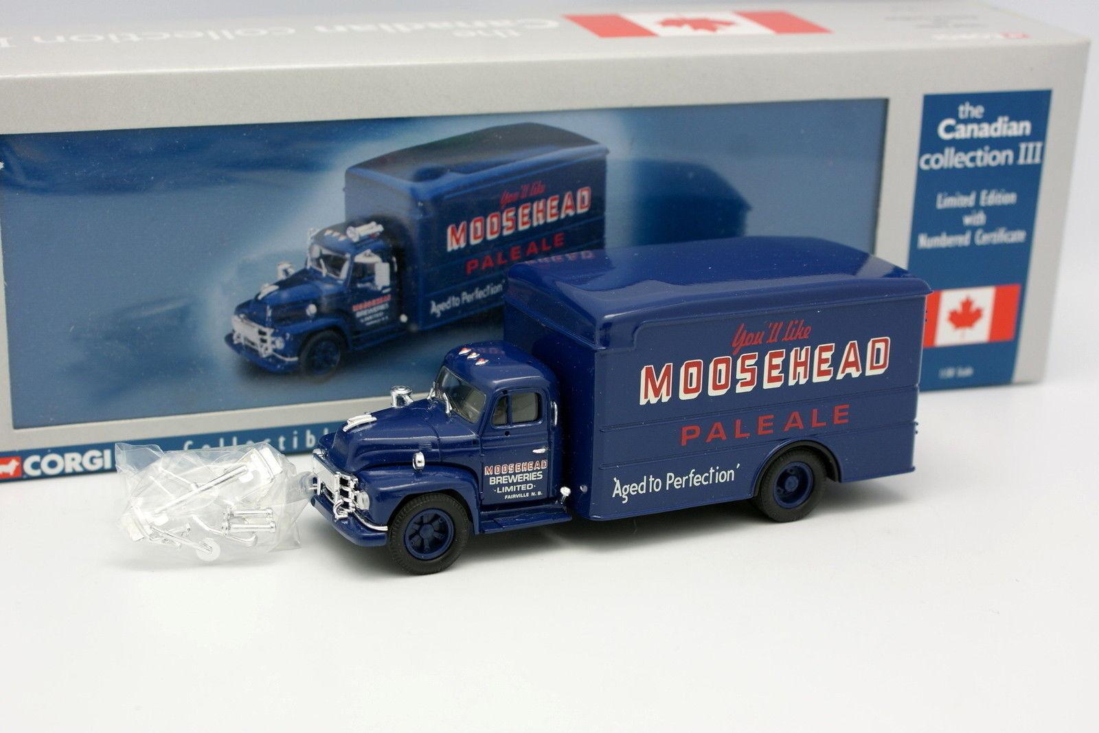 Corgi 1 50 - Diamond T620 Box Van Moosehead