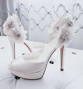 Luxus kaufen Bestellung 100% Zufriedenheitsgarantie Details zu MENBUR Brautschuhe mit Blumen & Glitzer Satin Leder 38 ivory  Pumps OVP 131€