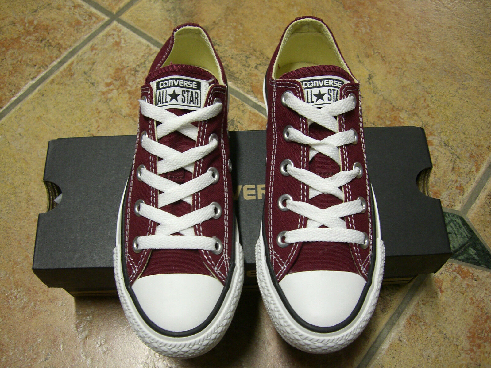 Converse Chucks All Star OX Größe 37  MAROON WEINROT M9691C  Neu