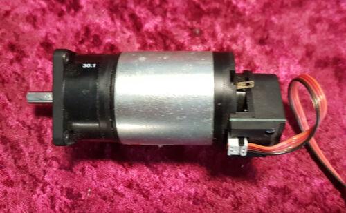 MAXON MOTOR 41.040.038-00.00-139 Getriebemotor 30:1; DC swiss made Servomotor