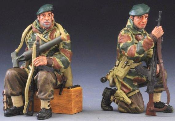 THOMAS GUNN WW2 BRITTISH COMMONDO TANK RIDERS NORMANDY MIB