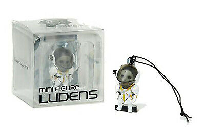 La mort échouement Collector/'s Edition Mini Ludens FIGURINE Avec Support Kojima
