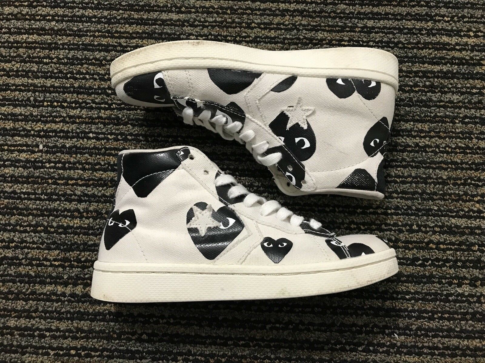 Converse Comme des Garcons Play Pro Leather White High Top 4 Men's  5.5 Women's
