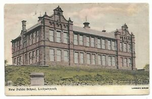 POSTCARDS-SCOTLAND-RENFREWSHIRE-LOCHWINNOCH-PTD. The New Public School.