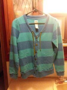 women/'s vintage baby blue striped sweater