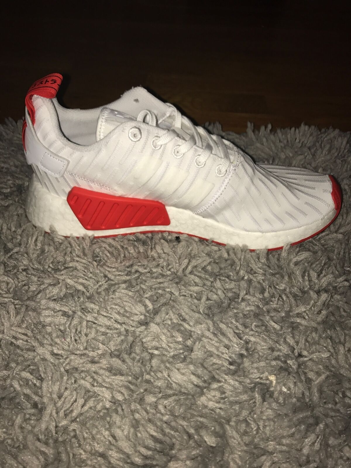 Mens Adidas White Core Red Nmd r2 Sz10