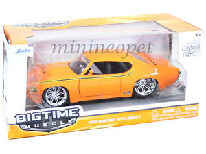 JADA-BIGTIME-90060-1969-69-PONTIAC-GTO-JUDGE-1-24-DIECAST-ORANGE