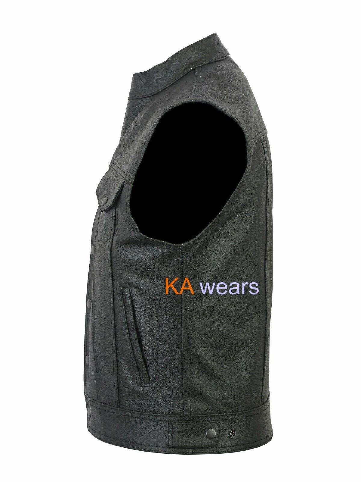 Our popular Equatorial Vest features 12 pockets. Large pockets will even accommodate binoculars, iPad, books, and magazines! The vest is perfect for traveling when you want to load up the pockets with items you don't have space to fit in your one carry-on bag.