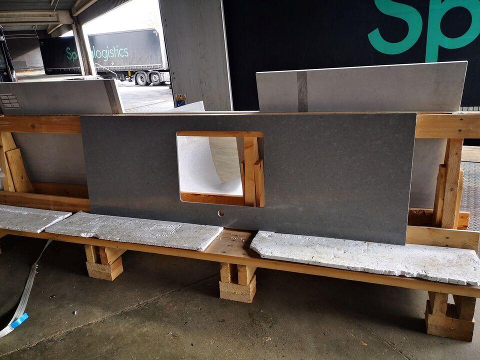 Bordplade, Kvarts komposite