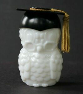 Vintage-Avon-Milk-Glass-Owl-Dr-Hoot-Graduate-Decanter-Graduation-Black-Hat-Empty