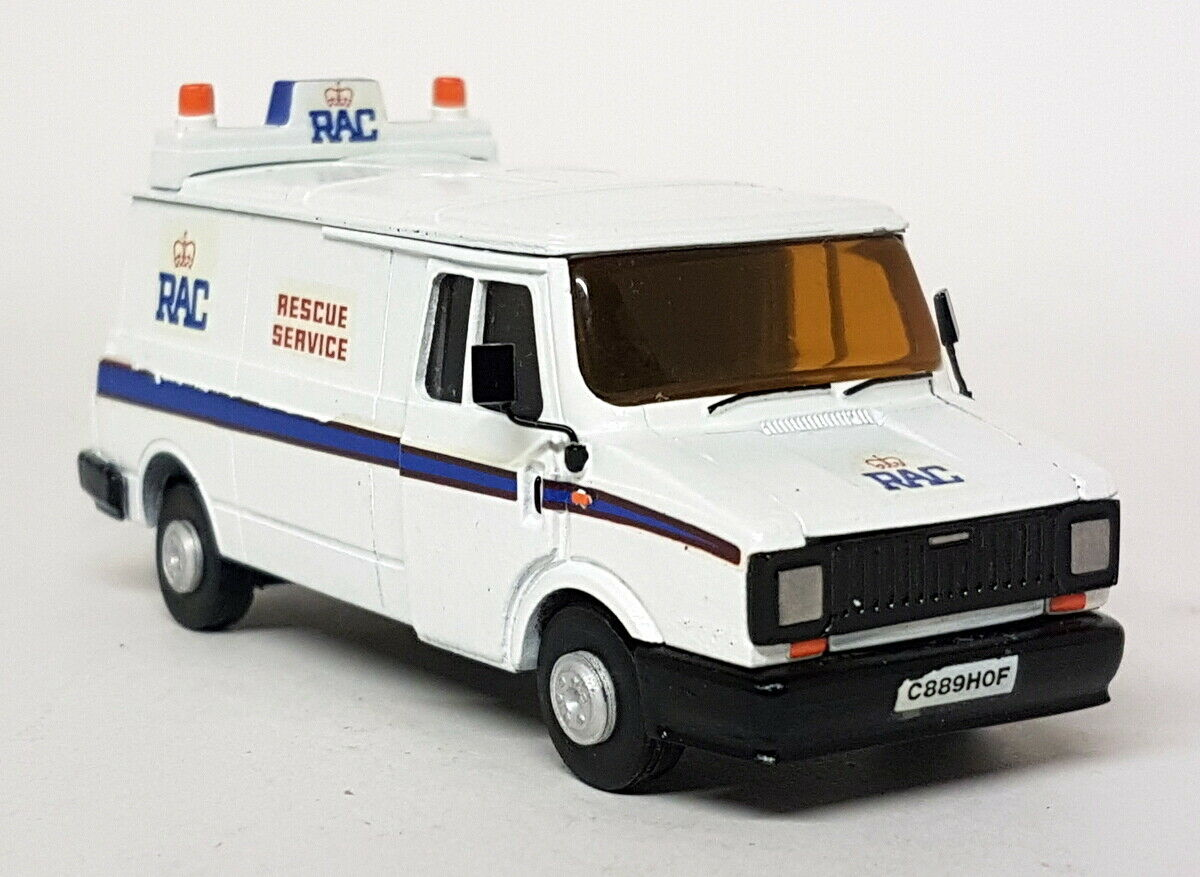 A.Smith Auto 1 48 Scale - Sherpa Van RAC Rescue Service Built Model Kit