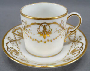 La-Courtille-Old-Paris-Porcelain-Gold-Cherubs-amp-Scrollwork-Coffee-Can-C-1800-B