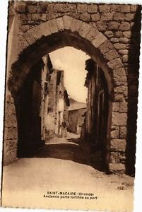 CPA St-MACAIRE (Gironde) - Ancienne porte fortifiée au port (229779)
