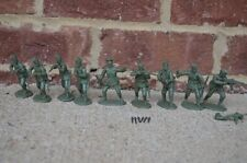 WWII German Infantry Assault Set Russians Partisan Soldiers 1/32 54MM