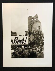 Otto umbehr, chiediamo il pane, Hannover 1947, fotografia dal SCONTO